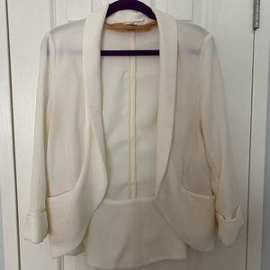Aritzia chevalier jacket; cream/off-white; size 4